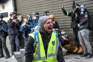 Image: TOPSHOT-FRANCE-POLITICS-DEMO-SOCIAL